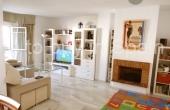 TTB0043, Middle floor apartment for sale in Nueva Andalucia, Los Naranjos de Marbella with mountain views
